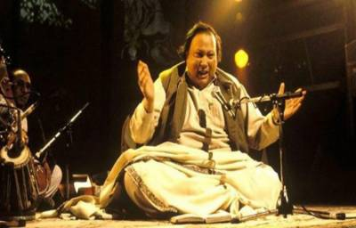 شہنشاہ قوالی نصرت فتح علی خان کو مداحوں سے بچھڑے 22 بیت گئے