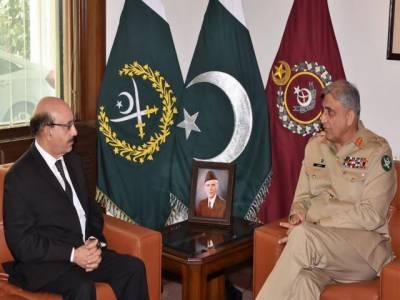 آرمی چیف سے صدر آزاد کشمیر سردار مسعود خان کی ملاقات،پاک فوج کشمیر کاز کی مکمل حمایت کرتی ہے: آرمی چیف