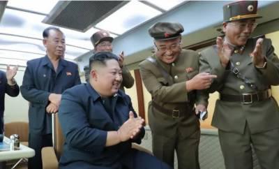 شمالی کوریا کے صدر کی نگرانی میں میزائلوں کا ایک اورکامیاب تجربہ