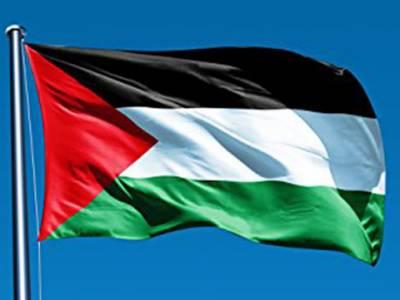 مالی بحران، فلسطینی صدر نے تمام مشیروں کو برطرف کر دیا