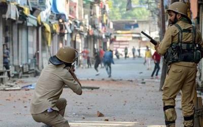 مقبوضہ کشمیر : 18 روز سے کرفیو، حریت رہنماؤں نے بڑے احتجاج کی کال دے دی