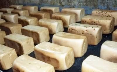 کراچی میں سندھ فود اتھارٹی کی کارروائی،ڈبل روٹی بنانے والی فیکٹری سیل