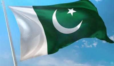 محکمہ تعلیم خیبرپختونخوا کا سرکاری اسکولوں کے مین گیٹ پر پاکستان کا جھنڈا بنانے کا فیصلہ