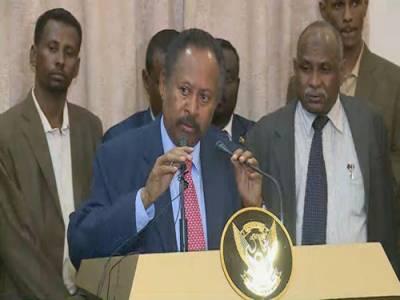 سوڈان کی عبوری حکومت کے وزیراعظم عبداللہ حمدوک نے اپنے عہدے کا حلف اٹھا لیا