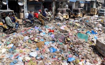 کراچی:کچرا اٹھانے کیلئے نجی ٹھیکیداروں نے جگہ بنانا شروع کر دی