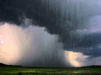 ملک کے بیشتر حصوں میں تیز ہواؤں اور گرج چمک کیساتھ بارش کا امکان