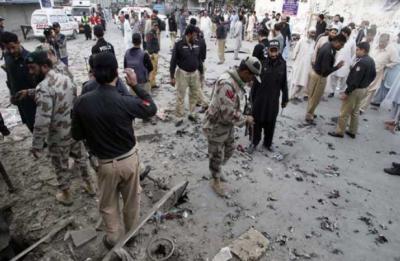 کوئٹہ: خروٹ آباد میں 2 دھماکے،1 ریسکیو اہلکار جاں بحق، 10 افراد زخمی