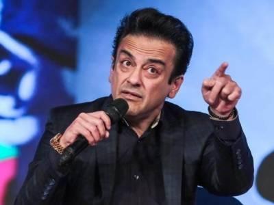 پاکستان کیخلاف زہر اگلنا بھی عدنان سمیع کے کام نہ آیا،بھارت میں 8 فلیٹس خریدنے پر50 لاکھ جرمانہ عائد