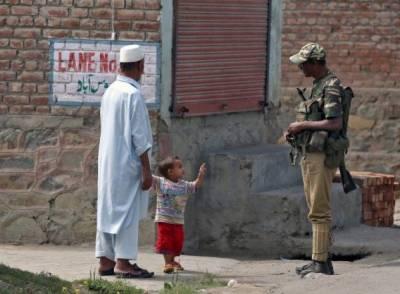 پلوامہ کے فوجی کیمپ میں بھارتی فوج کے تشدد سے کمسن لڑکا شہید