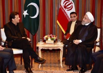 عمران خان کی ایرانی صدر سے ملاقات,دوطرفہ امور اور علاقائی صورتحال پر تبادلہ خیال