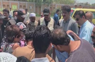 صفائی والوں نےوزیراعلی سندھ مراد علی شاہ کو صفائی سے ماموں بنادیا