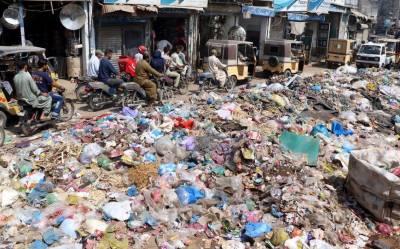کراچی سمیت سندھ بھر میں کھلے مقامات کچرے پھینکنے پر پابندی عائد