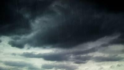 ملک میں کہیں کہیں موسلادھار بارش کا امکان