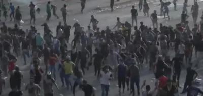 بغداد میں مظاہروں کے بعد امریکی سفارت خانے کی قونصلر خدمات معطل