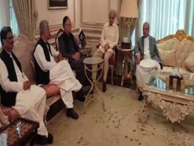 مولانا کے آزادی مارچ میں شرکت پرن لیگ دو دھڑوں میں تقسیم، سینئر رہنما اجلاس سے غائب