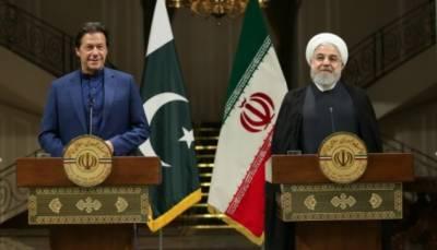 ہم ایران اورسعودی عرب میں جنگ نہیں چاہتے،جنگ کی صورت میں خطے میں غربت پھیلے گی:عمران خان