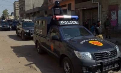 زیارت:پیروں سے گاڑی چلانے والا شخص کراچی سے گرفتار