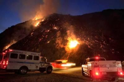 لاس اینجلس:جنگلات میں لگی آگ رہائشی علاقے تک پھیل گئی