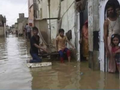 سمندری طوفان '' کیار'': کراچی سمیت سندھ کے بیشتر ساحلی علاقے زیر آب ، نقل مکانی، خوف و ہراس