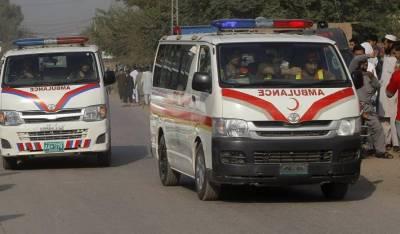 اٹک:کوچ کھائی میں گرنے سے 16 مسافر زخمی