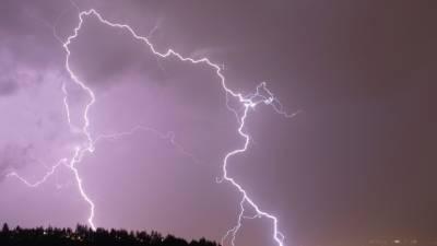 سعودی عرب میں بارش اور گردوغبار کے طوفان کا امکان