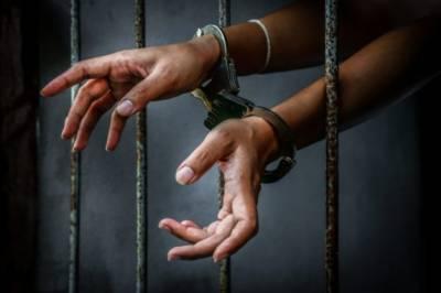 بجلی کا کرنٹ لگا کر شوہر کو قتل کرنے والی بیوی گرفتار