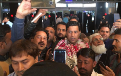 ورلڈ اسنوکر چیمپئن محمد آصف کا وطن واپسی پر شاندار استقبال
