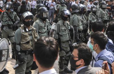 ہانگ کانگ کے تمام سکولوں میں کلاسیں منسوخ کرنے کا اعلان