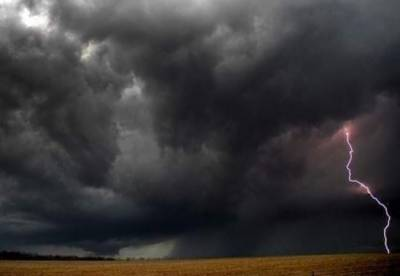 تھرپارکر:آسمانی بجلی گرنے سے 25 افرادجاں بحق