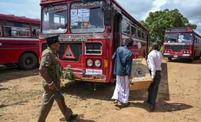 سری لنکا میں مسلم ووٹرز کی بس پر فائرنگ،پتھراؤ