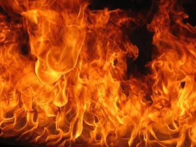 کراچی: مختلف مقامات پر آتشزدگی کے واقعات