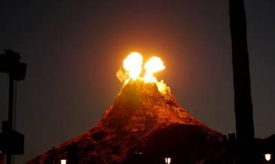 جاپان:آتش فشاں پھر پھٹ گیا،دھوئیں کا اخراج