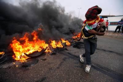 عراق، مظاہرین نے انتہائی اہم بندرگاہ کا داخلی راستہ بند کر دیا