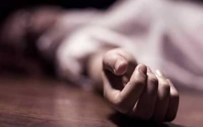 بھارت میں ڈنڈوں سے مار مار کر ایک اور خا تون کا قتل