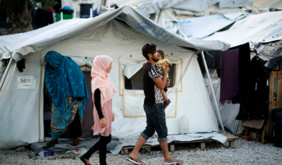 یونان میں حکومت کا تین پناہ گزین کیمپ بند کرنے کا فیصلہ