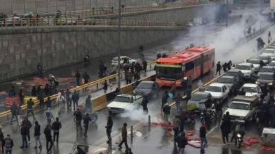 ایرانی پاسداران انقلاب کومظاہرین کے خلاف بروقت کریک ڈاون پرخراجِ تحسین