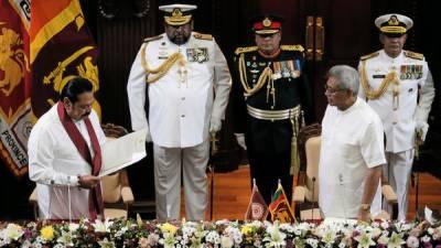 سری لنکا کے نئے وزیراعظم مہندا نے حلف اٹھالیا