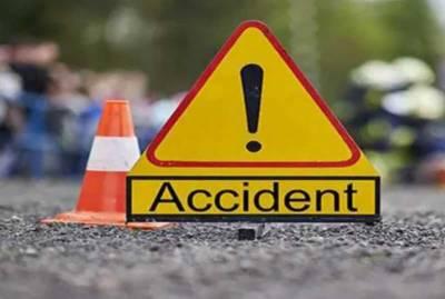 خانیوال کے قریب ٹریفک حادثہ,1 شخص جاں بحق