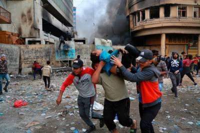 عراقی مظاہرین اور فورسز میں جھڑپیں،30 افراد ہلاک ،180 زخمی