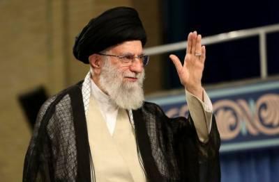 خامنہ ای اور رضا شاہ پہلوی میں کوئی فرق نہیں:اصلاح پسند ایرانی رہنما