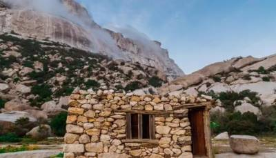 سعودی عرب کے پرانے گاؤں کے مکان مکینوں سے خالی ہونے لگے