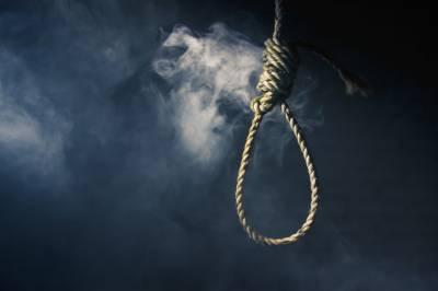لاڑکانہ میں چار بچوں کے معذور باپ نے بے روزگاری سے تنگ آکر خودکشی کرلی