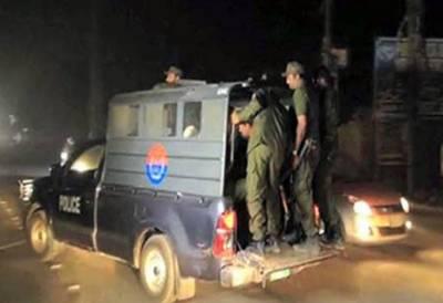 ملتان میں پولیس مقابلہ،4 ڈاکو ہلاک