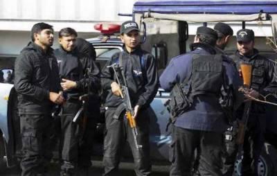 ملتان میں مبینہ پولیس مقابلے میں 4 ڈاکو ہلاک