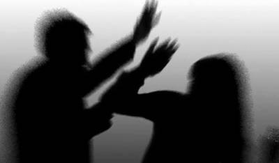 اوکاڑہ:سسر کا بہو پر تشدد،سرکے بال مونڈ دیئے