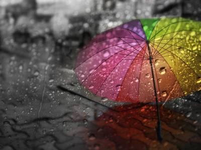 ملک کے بیشتر حصوں میں گرج چمک کیساتھ بارش کا امکان