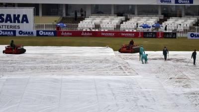 پاکستان اور سری لنکا کے درمیان میچ بارش کے باعث تاخیرکاشکار