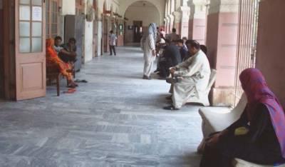 گرفتاریوں اور مقدمات کے خلاف ملک بھر میں تیسرے روز بھی وکلا کا عدالتی کارروائیوں سے بائیکاٹ