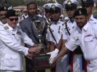 پاکستان کی مسلح افواج ہر وقت اپنے ملک کی حفاظت کے لیے تیار ہے۔ایڈمرل ظفر محمود عباسی