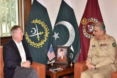 آرمی چیف سے امریکی سینیٹر لنزے گراہم کی ملاقات، افغان امن عمل پر تبادلہ خیال